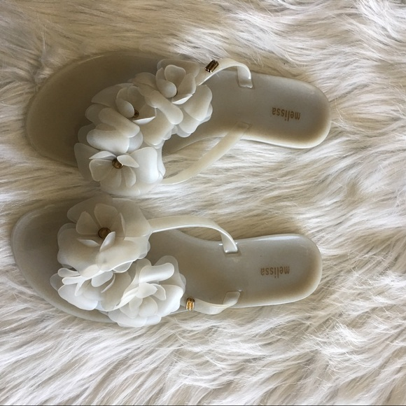 998ac7ecd542d Mellissa Harmonic Garden Sandals in White. M 5b088fb16bf5a6bddb9d6d9a